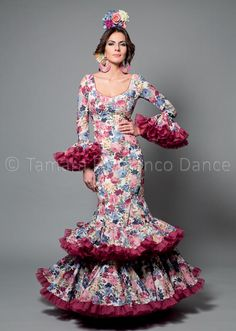 Dance Dresses, Cute Dresses, Flamenco Dresses, Dress Websites, Folk Costume, Quinceanera Dresses, Dance Costumes, Traditional Dresses, Dressmaking