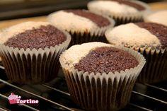 Cupcakes ricetta base: vaniglia e cacao versione Hummingbird   Le Tortine - Cupcakes blog