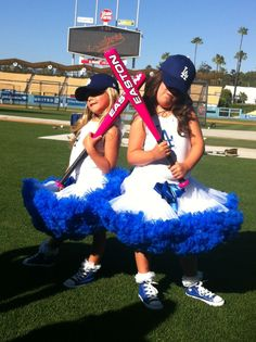 """Sophia Grace and Rosie LA Dodgers - with PINK bats that """"sound like bells when they tap them!"""""""