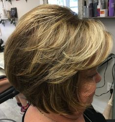 Bronde Feathered Bob for Older Women Over 60 Hairstyles, Short Shag Hairstyles, Haircuts For Fine Hair, Short Hairstyles For Women, Bob Hairstyle, Pretty Hairstyles, Haircuts For Over 60, Hairstyles Men, Hair Styles For Women Over 50