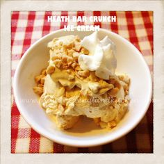 I adapted this coffee Heath Bar Crunch ice cream recipe idea and used an egg substitute such as Egg Frozen Yogurt Recipes, Frozen Desserts, Ice Cream Desserts, Ice Cream Recipes, I Want Ice Cream, New England Kitchen, Coffee Ice Cream, Heath Bars, Homemade Ice Cream