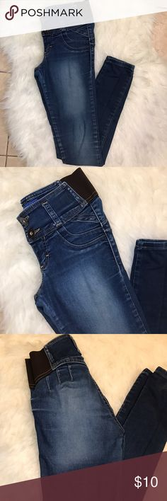 Blue Jeans Very cute jeans with elastic waist band Jeans
