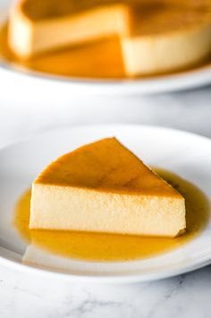 An easy flan recipe made with only 5 simple ingredients This creamy custard dessert is topped with rich caramel and is very popular in Mexico Spain and Latin America It s a showstopper dessert that is sure to impress friends and family Mexican Flan, Mexican Dishes, Mexican Food Recipes, Snack Recipes, Dessert Recipes, Cooking Recipes, Snacks, Flan Dessert, Custard Desserts
