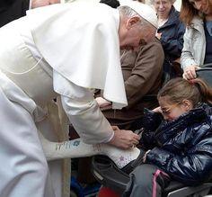 papa francisco humilde