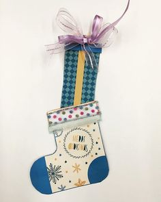 Make your own #free #holiday decorations #craft #crafts #stockings #stocking #diy #holidays #partyplanning #kids #kidsactivities #diyproject #brothercreativecenter