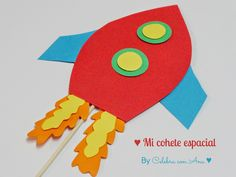#Manualidad de Cohetes de cartulina #edartística // Spaceship #craft for children
