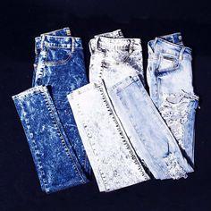 Versatilidade. Assim podemos definir o jeans da Labellamafia. Com lavagens e modelagens especiais, a peça mais democrática que não pode faltar no guarda-roupa. . #labellamafia #hardcoreladies