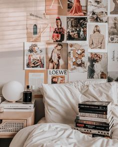 Aesthetic Home Decor. Confused By Home Decor? These Tips May Also Help! Bedroom Wall Collage, Bedroom Decor, Bedroom Ideas, Cute Room Decor, Room Goals, Aesthetic Room Decor, Cozy Room, Dream Rooms, New Wall