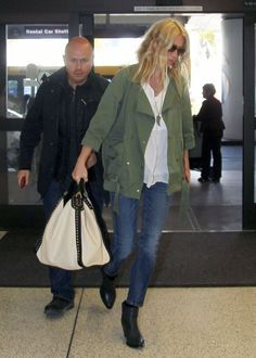 Gwyneth - army jacket + white tote + black booties