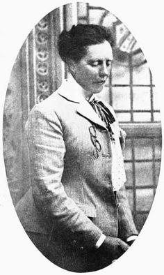 (1846-1926) Elizabeth Grace Neill was originally a journalist but later on became a nurse. After seeing the need for professional registration of nurses & midwives, she helped Dr. McGregor draft the Nurse's Registration Act. She was also a pioneer in regulating the education and registration of midwives.  Famous Achievement: Advocated for the professional registration of nurses & midwives in New Zealand