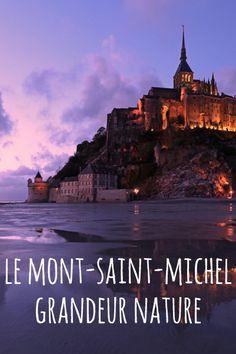 """Aujourd'hui, plus aucune route ne relie la célèbre abbaye du Mont-Saint-Michel à la terre. Le """"Rocher"""" a retrouvé sa magie d'antan, lorsqu'il était une île."""