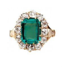 Vintage Emerald Cocktail Ring- Trumpet & Horn