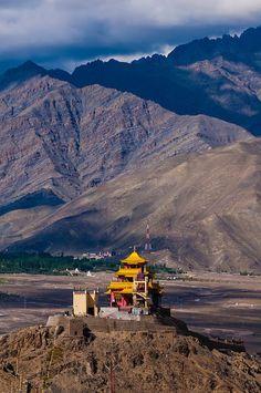 The Zangdok Pelri Temple, Leh Valley, Ladakh, Jammu and Kashmir State, India. Ladakh India, Leh Ladakh, Bhutan, Tibet, Places To Travel, Places To See, Travel Destinations, Wonderful Places, Beautiful Places