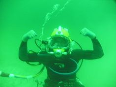 I am  going to become a WOMAN  US Navy Diver