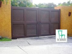 MAR MUEBLE TODAS LAS SOLUCIONES EN METAL HERRERIA GENERAL - Cuernavaca - Garage House, Garage Doors, House Gate Design, Grill Design, Driveway Gate, Security Door, Front Entrances, Entrance Gates, Iron Gates