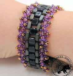 Steps In Time Designed  by Christina Neit for Whimbeads.com.  Free PDF.  #Seed #Bead #Tutorials