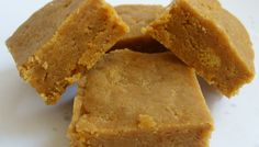 Ahhh fudge, yes FUDGE! This fudge is merely 1.5 net carbs and 3 Weight Watchers points per chunk of heaven. It is a very easy recipe to make but be careful not to overindulge.