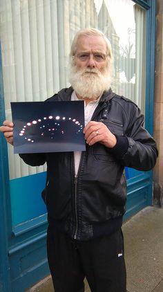 pensioner photographed ufo