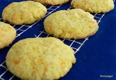 Citromos keksz - csakapuffin.hu Snack Recipes, Snacks, Crunches, No Bake Desserts, Biscuits, Muffin, Food And Drink, Sweets, Cookies