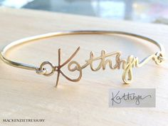 Note: This bangle can be open up to put on :) ✤Your signature is very meaningful to you so let we make it into a silvery or golden bracelet