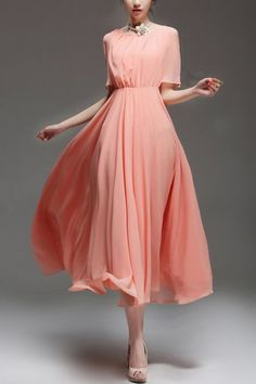 I find it very hard to spot glam sleeved dresses, and this one did it flawlessly! Elegant Short Split Sleeves Chiffon Dress