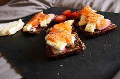 Raw Salmon Toast