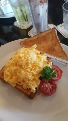 Scrambled eggs on toast - Cafe, Cairns Central