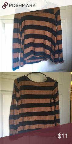 Striped Long-Sleeve Shirt Burt orange and black cropped shirt. Forever 21 Tops