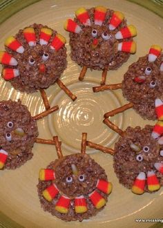 Thanksgiving Turkey Rice Krispies Treats® are a fun, kid-friendly dessert that the kiddos can help make for Thanksgiving—and they put that leftover Halloween candy to good use. With Cocoa Krispies®, salty pretzel sticks, and tasty candy corn, this recipe is simply irresistible.