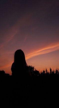 65 ideas sunset photography girl silhouette for 2020 Silhouette Photography, Shadow Photography, Tumblr Photography, Sunset Photography, Abstract Photography, Photography Poses, Travel Photography, Sunset Quotes Instagram, Sunset Captions For Instagram