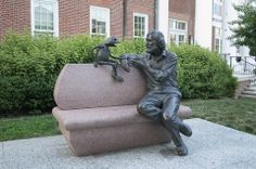 Statue of Famous Alum Jim Henson with Kermit outside the Stamp Student Union on the University of Maryland campus