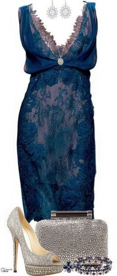 Love this dress! Alberta Ferretti lace dress Jimmy Choo silver shoes ♥ What to Wear to a Wedding?