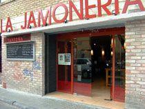 LA JAMONERIA . Gran esfuerzo de FELIX por hacer FELIZ a su clientela. Y lo logra Restaurants, Branding, Outdoor Decor, Home Decor, Happy, Cases, Zaragoza, Advertising, Social Networks