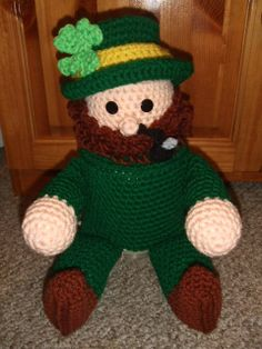 st patrick's day crochet patterns | Crochet Village St Patricks Day Leprechaun New by CrochetVillage