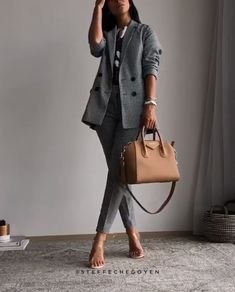 Very stylish outfit ideas!- Very stylish outfit ideas! Anna Annakaatha Style work outfit ideas Anna work outfit ideas Annakaatha Very stylish outfit ideas! Business Casual Outfits For Women, Stylish Work Outfits, Classy Outfits, Stylish Outfits, Office Outfits, Formal Casual Outfits, Business Formal Women, Office Attire, Mode Outfits