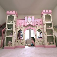 my husband is gonna make this for our little girl, bed up top with stairs on one side, slide on the other