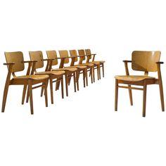 Set Of Eight Ilmari Tapiovaara Dining Room Chairs - Domus Dining Finnish Scandinavian Modern Birch, Metal Round Chair, Scandinavian Modern, Modern Materials, Brass Color, Wishbone Chair, Dining Room Chairs, Design Awards, A Table, Teak