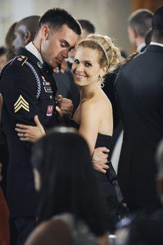 Army wives: le plus beau couple la famille Leblanc 👫💍 Best Tv Couples, Movie Couples, Cutest Couples, Military Couples, Military Love, American Wives, American History, American Girl, Military Girlfriend