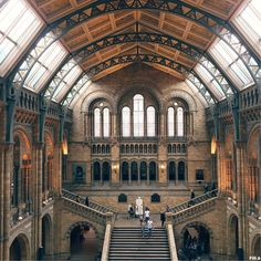 Does this remind you of Hogwarts! Check out this amazing spaces and others things I did in London