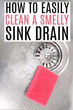 Dealing with a smelly sink drain? Check out these easy tips on how to get rid of a smelly sink drain. With these tips, your kitchen will smell great again and stale smells will disapear. Speed Cleaning, Car Cleaning, Spring Cleaning, Cleaning Hacks, Baking Soda Cleaning, Cleaning Recipes, House Cleaning Tips, Smelly Sink Drain, Cleaners Homemade