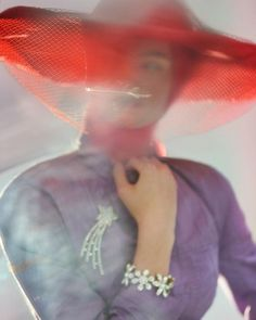 'Under the Influence' : An Homage to Yves Saint Laurent by Nick Knight – Trendland Online Magazine Curating the Web since 2006 Artistic Photography, Portrait Photography, Fashion Photography, Nick Knight Photography, Subtractive Color, Artsy Photos, Alfred Stieglitz, Under The Influence, Textiles