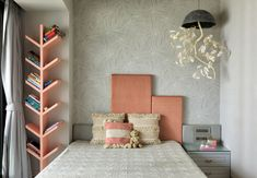 See how Design Hex's Shimona Bhansali has transformed this Mumbai residence into a work of art and one that speaks of timeless elegance Home Room Design, Home Interior Design, House Design, Bed Design, Home Decor Furniture, Home Decor Bedroom, Kids Bedroom Furniture Design, Bedroom Bed, Apartment Interior