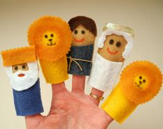 Bible Story finger puppets - Daniel in the lions den.