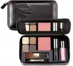 Maquiagem de bolsa | Modo de Usar Quero algo assim para carregar na bolsa