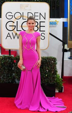 Maria Menounos' cutout pink gown Max Azria at the Golden Globes