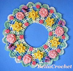 Springtime Floral Candle Mat - Free by Elizabeth Ann White of Bella Crochet Crochet Dollies, Easter Crochet, Crochet Flower Patterns, Crochet Flowers, Crochet Christmas, Crochet Home, Irish Crochet, Crochet Crafts, Crochet Projects
