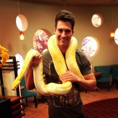 that moment when you are jealous of a snake o.O