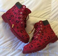 Timbs Lips or Kisses Edition