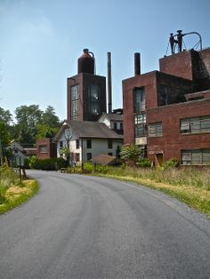 Michter's Distillery in Lebanon County, Pennsylvania | ForWhiskeyLovers.com | The rich history surrounding Michter's harkens back to America's first distilling company established in the 1700′s by John Shenk.