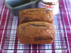 Nutella Pumpkin Bread- sounds so good Nutella Snacks, Nutella Recipes, Pumpkin Chocolate Chip Bread, Pumpkin Bread, Baked Pumpkin, Pumpkin Recipes, Cake Pan Sizes, Breakfast Dessert, Quick Snacks